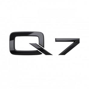 Denominación de modelo Q7 en negro